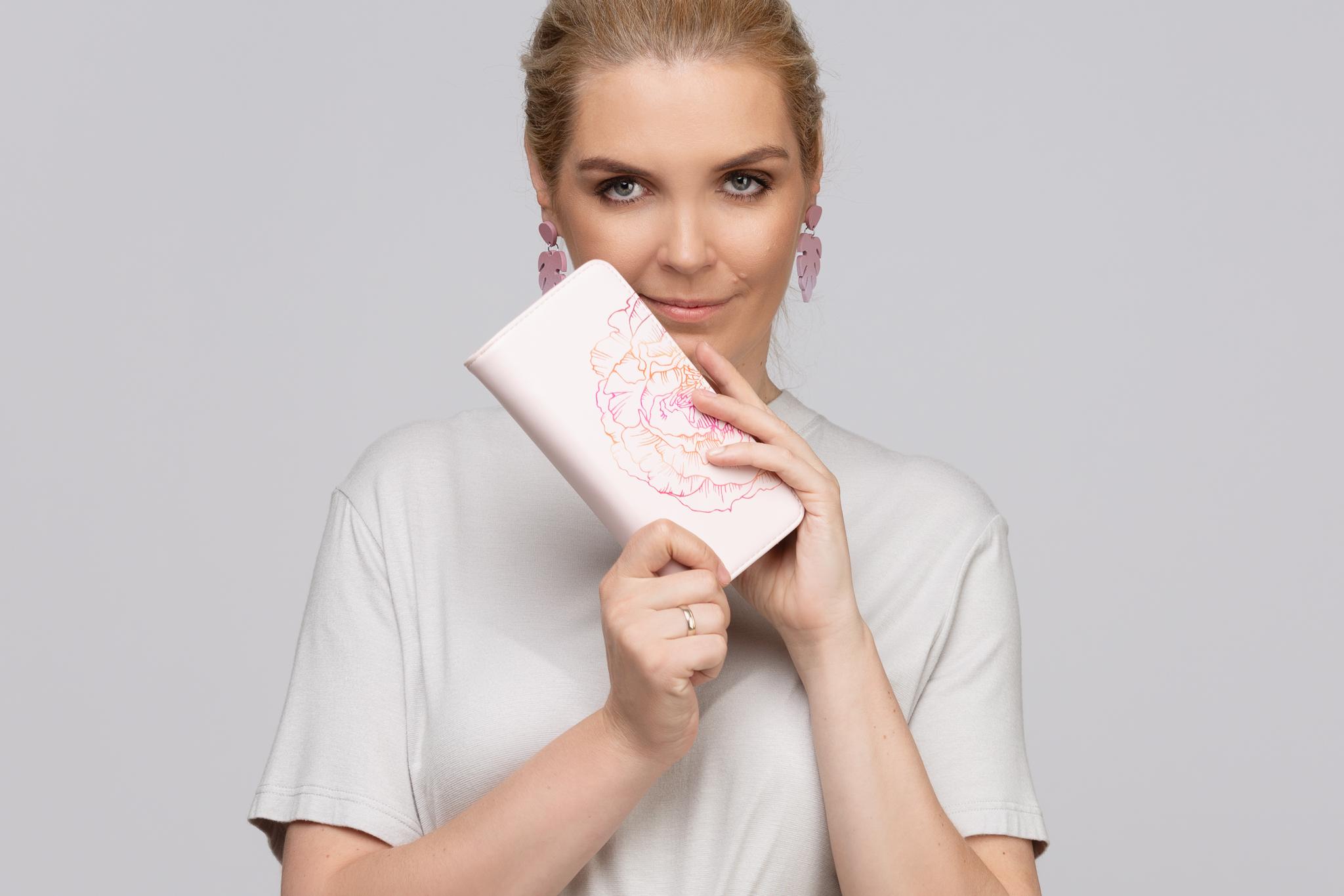 astrid loven roosa rahakott